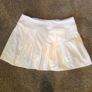 Athleta pleated white skirt